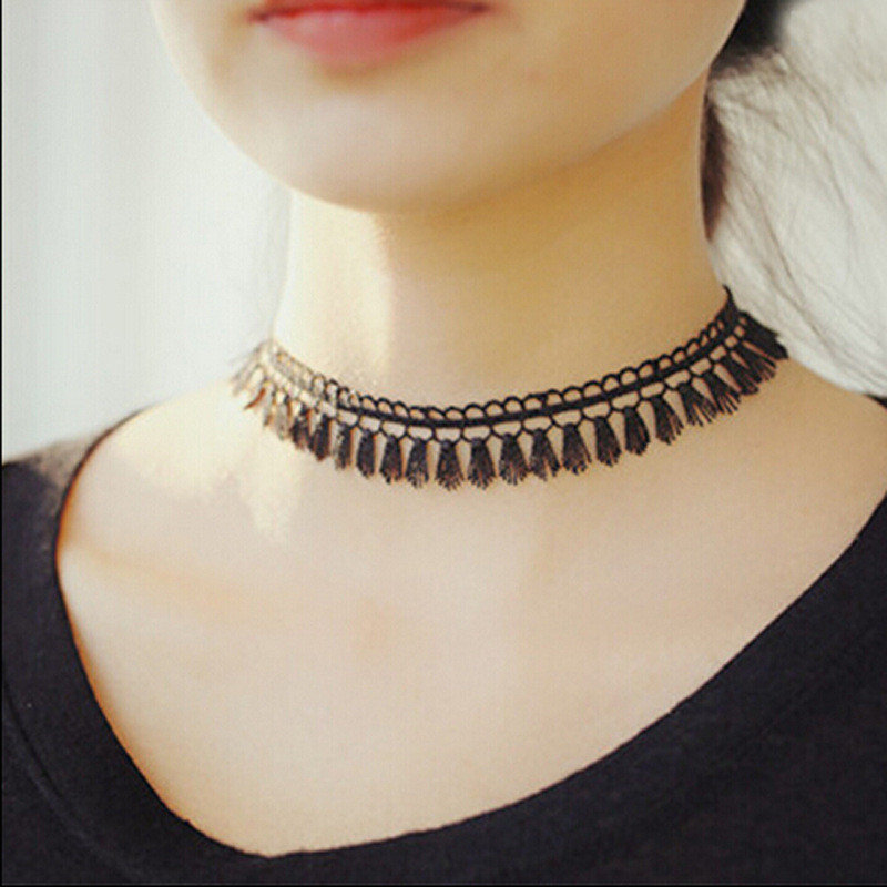 heart choker necklaces