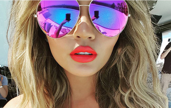 Colored Sunglasses: Create Your Unbeatable Look in Summer