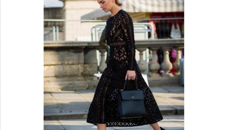 What Shoes Should You Wear With the Designer Lace Dress