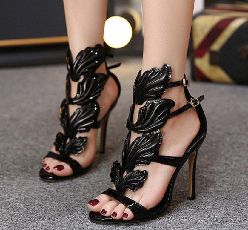 black strappy sandals