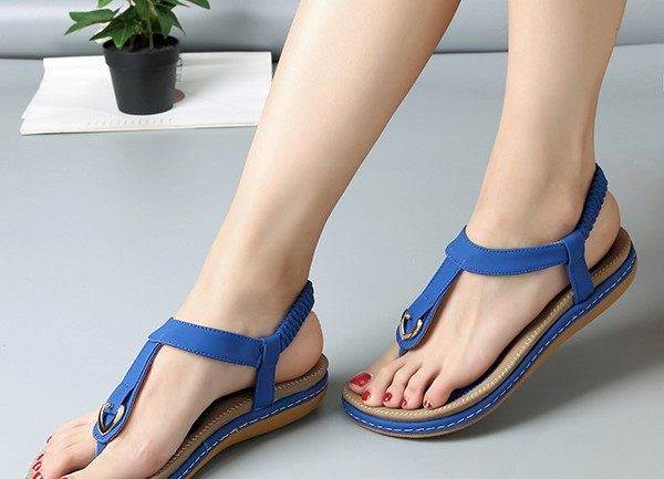 Socofy Comfortable Elastic Clip Toe Flat Beach Sandals