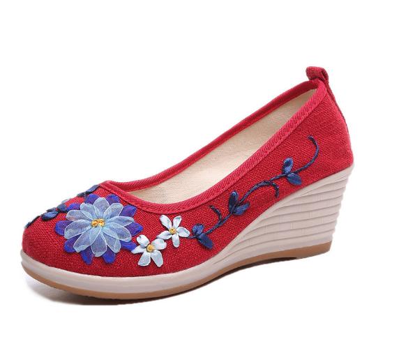 Women Vintage Embroidered Wedges Platform Shoes
